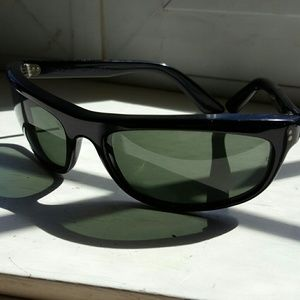 5a9e457b02 Ray-Ban Accessories - Vintage 1980 s Ray-Ban Balorama sunglasses